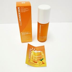 OLEHENRIKSEN Banana Bright Vitamin C Serum